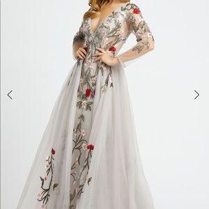 Mac Duggal ball gown size 8